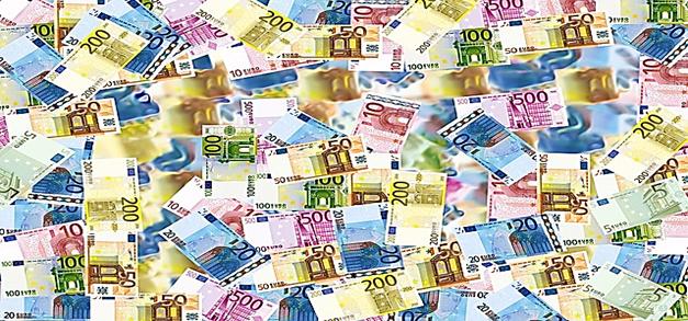 Transparence au sujet des rémunérations des mandats publics.